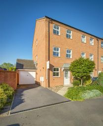 Thumbnail 4 bed town house to rent in Sherbourne Drive, Hilton, Derby