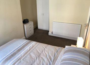 Thumbnail 4 bedroom shared accommodation to rent in Fraser Street, Burnley