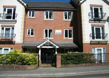 Pegasus Court, Stafford Road, Caterham, Surrey CR3. 1 bed flat