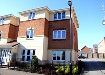 Thumbnail 2 bedroom flat to rent in Doveholes Drive, Handsworth