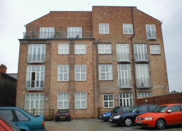 Thumbnail 2 bedroom flat to rent in Fosse Road North, Leicester
