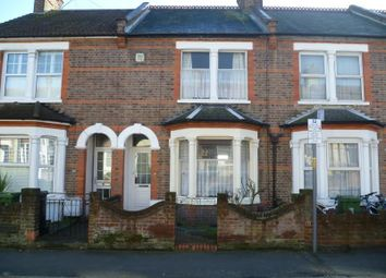 Thumbnail 3 bed property to rent in Westbury Road, Watford