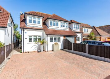 Laburnham Gardens, Upminster RM14. 3 bed semi-detached house