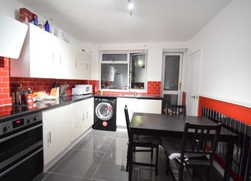 3 bed maisonette to rent in Manchester Road, Isle Of Dogs E14