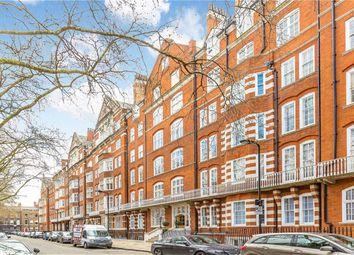 Thumbnail 3 bed flat to rent in Bedford Avenue, London
