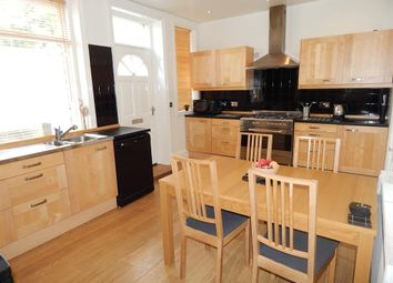 Thumbnail 5 bed property to rent in Beulah Place, Luddendenfoot, Halifax
