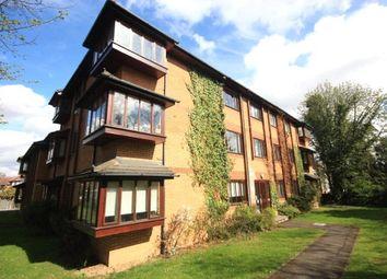 Thumbnail 2 bedroom flat to rent in Downs Bridge Road, Beckenham, Kent