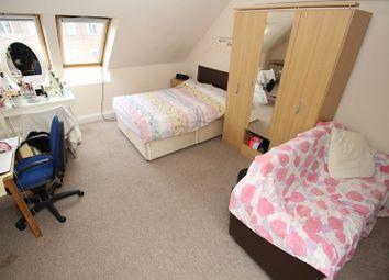 Thumbnail 2 bed flat to rent in Church Farm, Church Hill Road, East Barnet, Barnet