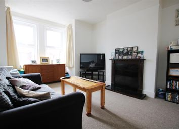 Thumbnail 1 bed flat to rent in Woodlea Road, Worthing