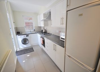 Thumbnail 5 bed flat to rent in Keighley Close, Camden Road, Ucl, Lse, Camden, Holloway, Caledonian Road, London