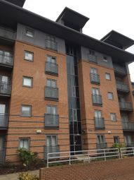 2 bed flat to rent in Riley House, Manor House Drive, Coventry CV1