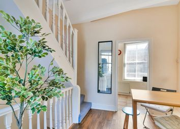 Thumbnail 1 bed flat for sale in Fashion Street, Spitalfields