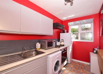 Linden Road, Coxheath, Maidstone, Kent ME17. 1 bed maisonette