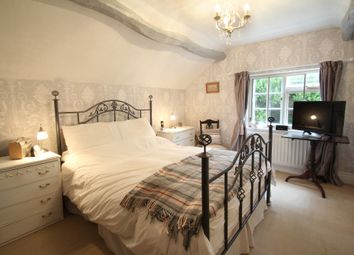Thumbnail 2 bed cottage for sale in Kenilworth Road, Balsall Common, Coventry