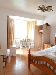 Thumbnail 3 bed triplex to rent in Commodore Street, London