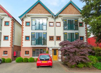 Thumbnail 2 bed flat for sale in Coombe Road, New Malden