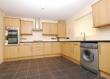 Thumbnail 4 bed flat to rent in Moray Road, London