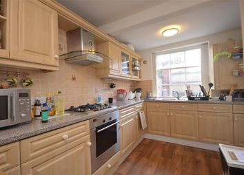 Thumbnail 3 bed flat to rent in Garden Flat Westbourne Place, Bristol