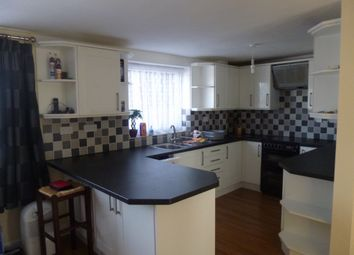 Thumbnail 2 bed flat to rent in The Elms, Leighton Buzzard