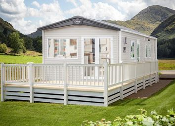 Thumbnail 2 bed lodge for sale in Hoburne Holiday Park, Blue Anchor Bay Rd, Minehead, Somerset