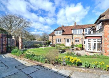Thumbnail 5 bed property for sale in Weavers Hill, Angmering, West Sussex