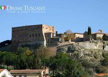 Thumbnail 5 bed château for sale in Via Bandi, Montalcino, Siena, Tuscany, Italy