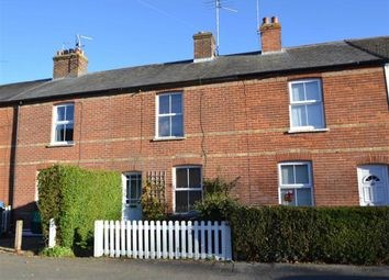 Thumbnail 2 bed cottage for sale in Salcombe Road, Newbury, Berkshire