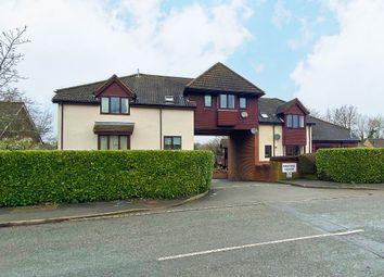 Thumbnail 1 bed flat to rent in Weydon Lane, Farnham