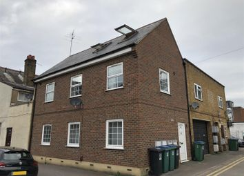 1 bed flat to rent in St. Albans Road, Watford WD24