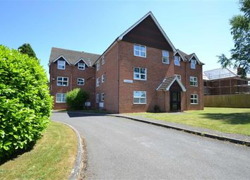 Thumbnail 1 bed flat for sale in Daval House, 102 Newtown Road, Newbury, Berkshire
