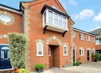 Yew Lane, Reading RG1. 2 bed terraced house for sale