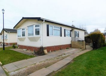 Thumbnail 2 bedroom mobile/park home for sale in Lodgefield Park, Baswich, Stafford