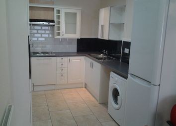 Thumbnail 6 bed terraced house to rent in Chapel Street, Preston