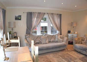 Thumbnail 1 bed mobile/park home for sale in Fairfield Park, West End Road, Mortimer Common, Reading