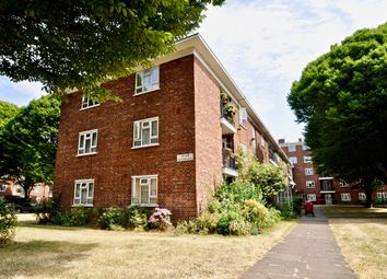 Thumbnail 3 bed flat for sale in Edensor Gardens, Chiswick, London