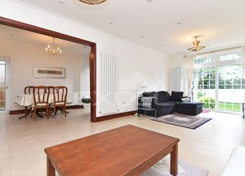 Thumbnail 4 bed flat to rent in Hervey Close, Finchley, London