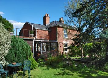 Thumbnail 2 bed cottage for sale in Pilley Street, Pilley, Lymington
