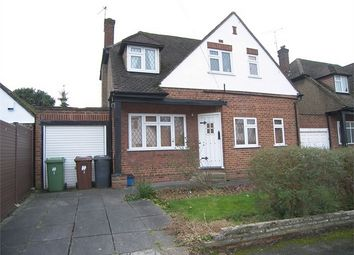 Thumbnail 2 bedroom detached house for sale in Ladbrooke Close, Potters Bar