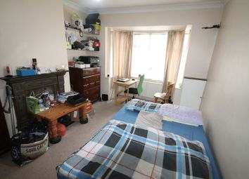 Thumbnail 4 bed property to rent in Chiltern View Road, Uxbridge