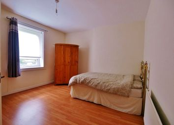 Thumbnail 2 bedroom flat for sale in Gordon Street, Paisley