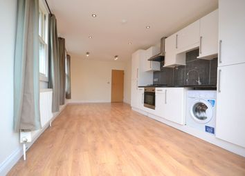 Thumbnail 3 bed flat to rent in Queenstown Road, Battersea, London