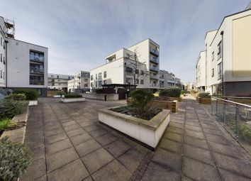 Hillyfield, London E17. 1 bed flat for sale