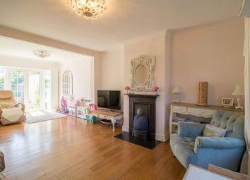 3 bed end terrace house to rent in Layfield Crescent, London NW4