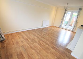 Thumbnail 3 bedroom property to rent in Dewsbury Road, Luton