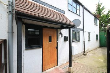 Thumbnail 3 bed end terrace house to rent in Silver Street, Trowbridge, Wiltshire