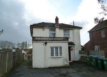 Thumbnail Studio to rent in Warren Crescent, Southampton
