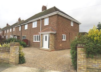 Thumbnail 3 bed semi-detached house for sale in Kent View, Aveley, South Ockendon