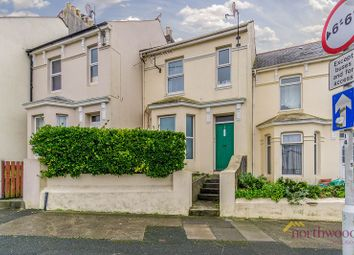 Thumbnail 1 bed flat to rent in Oakfield Terrace Road, Plymouth