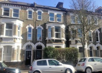 Thumbnail 2 bed flat to rent in Vardens Road, Clapham