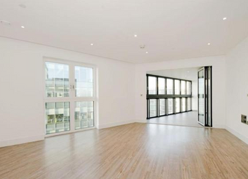Thumbnail 3 bed flat for sale in Leman Street, Aldgate, London
